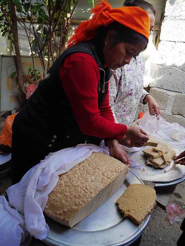 Polenta-looking bread