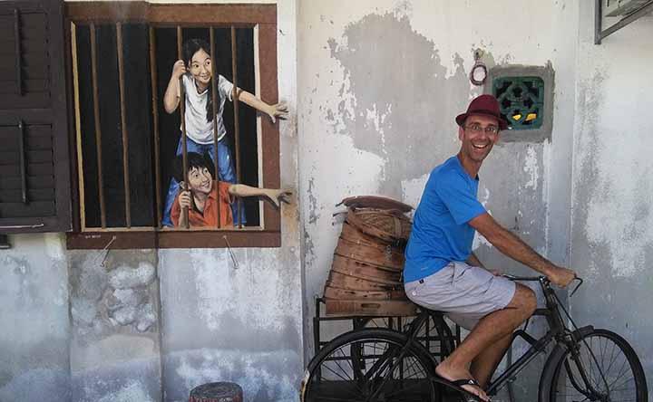 Street art (& food) in Penang, Malaysia