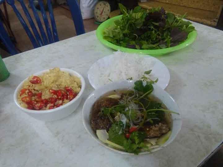 bun cha - Hanoi (2)