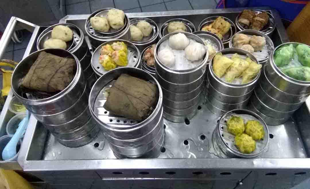 Best 6 street food DUMPLINGS I had in Southeast Asia